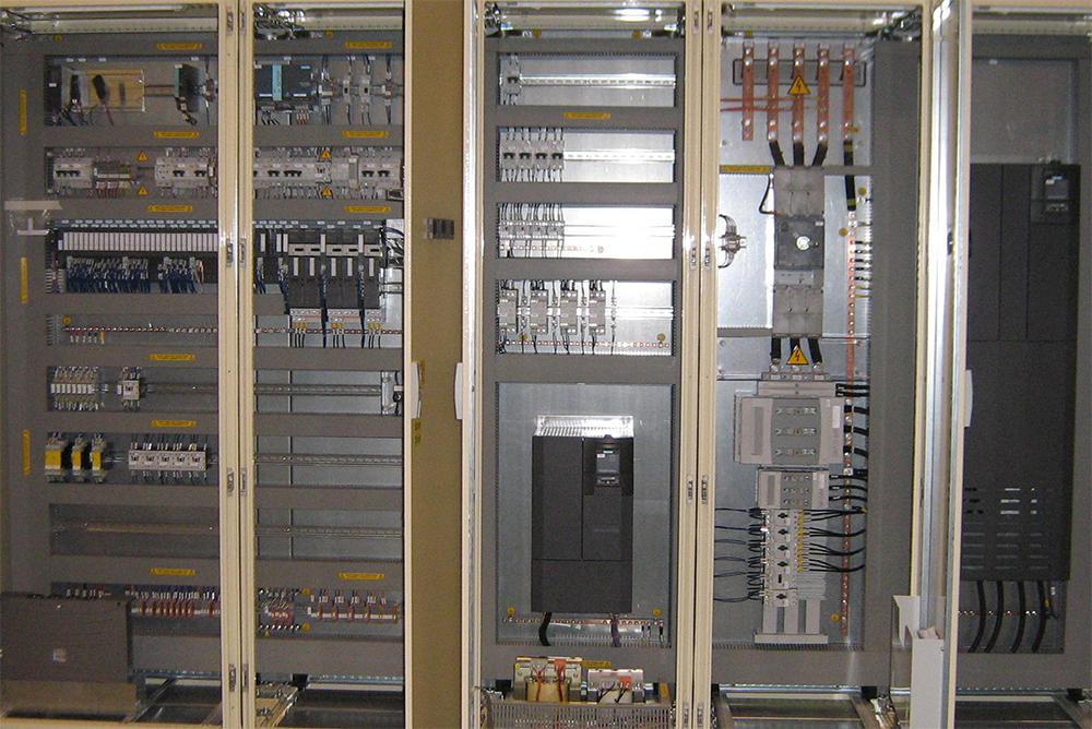 Schemi Quadri Elettrici Industriali : Quadri elettrici la2r elettroimpianti