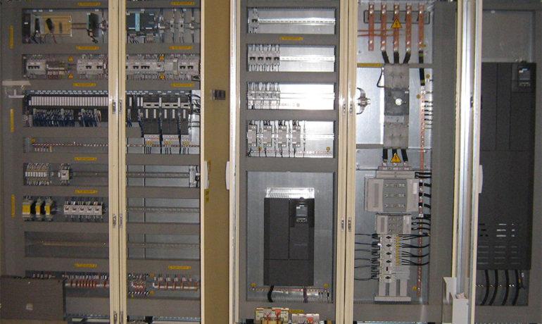quadri elettrici per l'industria | La2R elettroimpianti